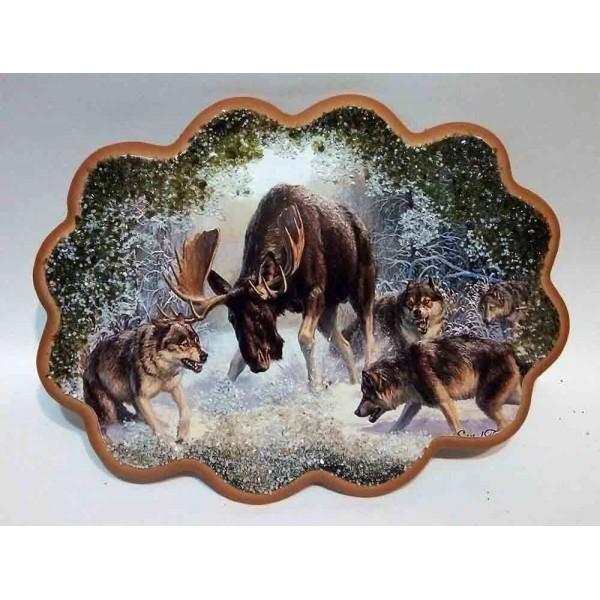 "Ажурное панно ""Охота волков на лося"""