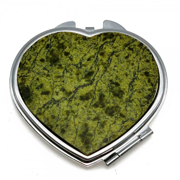 """Pocket mirror """"Heart"""" with an overlay from a serpentinite"""